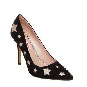 Betsey Johnson Pryce Black Gold Star Print Heel